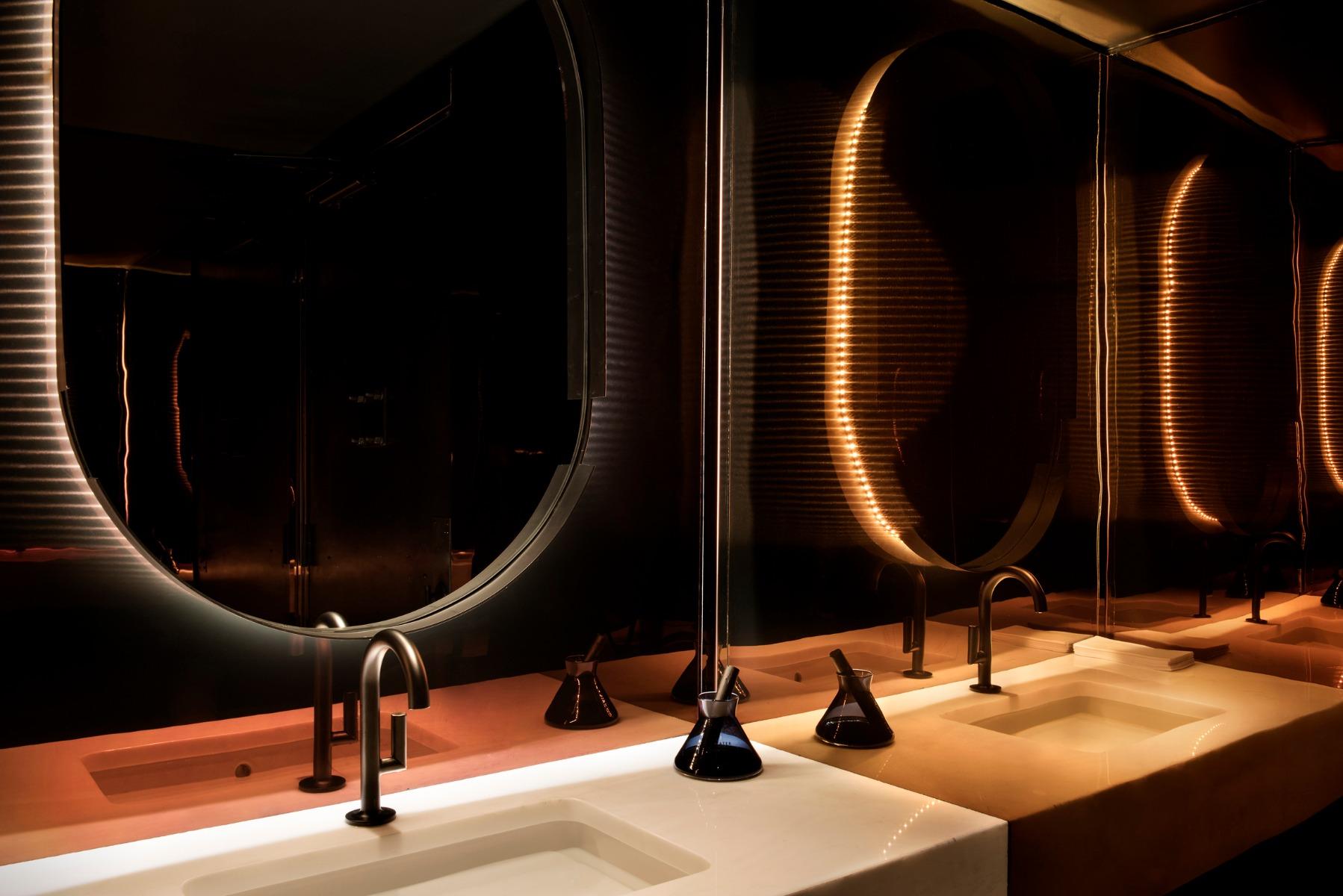 Tom Dixon Himitsu Bar in Atlanta featuring an Elements Water diffuser.